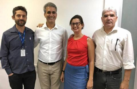 Diretoria da AGGEB se reúne com Robinson Almeida