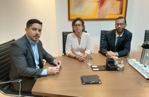 A presidente da Aggeb manteve reunião com o representante do escritório Azi & Torres Associados